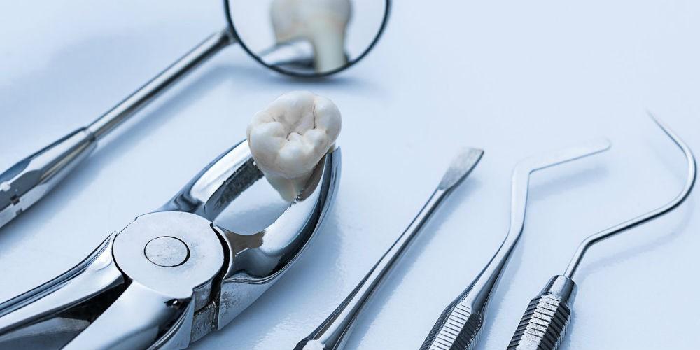 Инструменты для удаления зубов